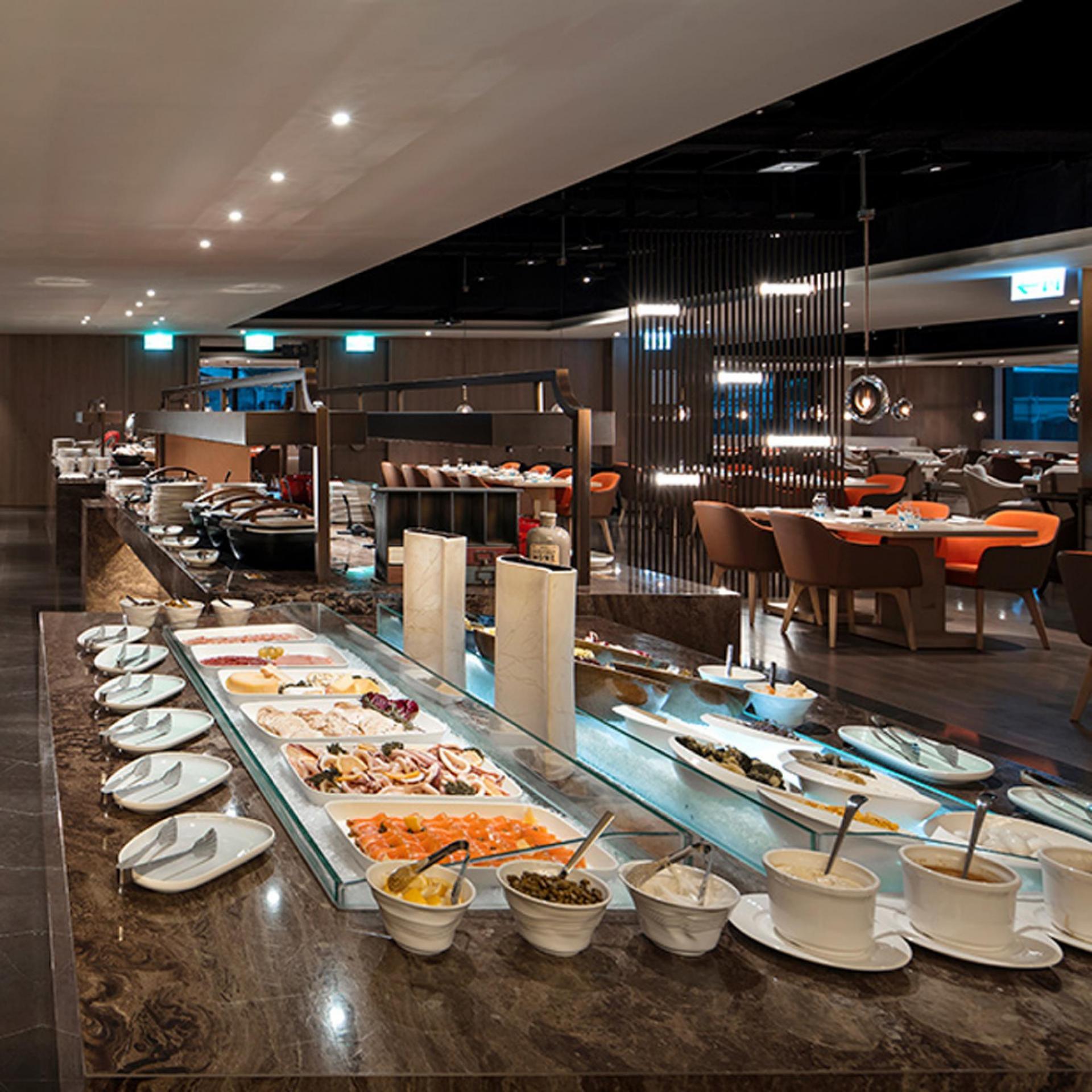 新板希爾頓酒店 3F全日餐廳